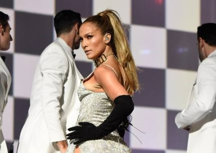 Jennifer López es la nueva víctima del celebgate