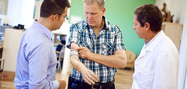 Suecia desarrolló prótesis capaz de ser controlada por el sistema nervioso.