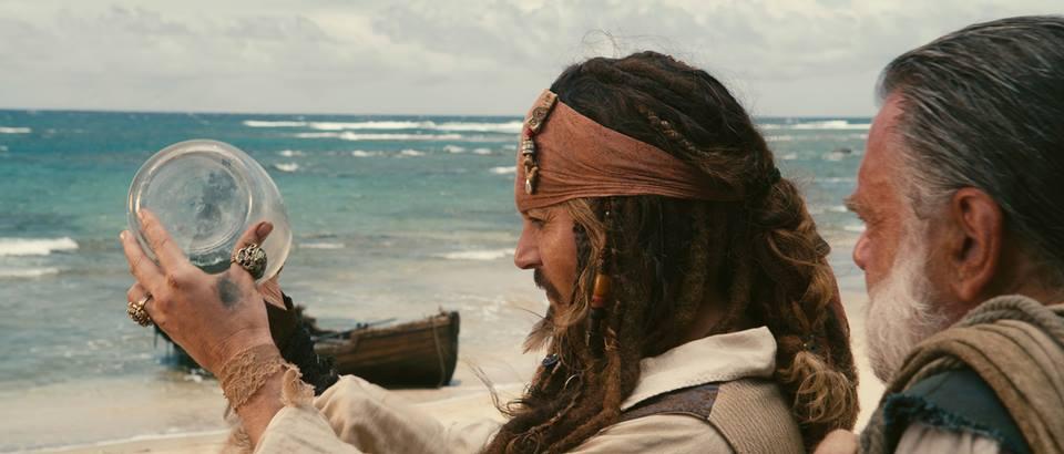 Johnny Depp consigue sustituto para sus perros