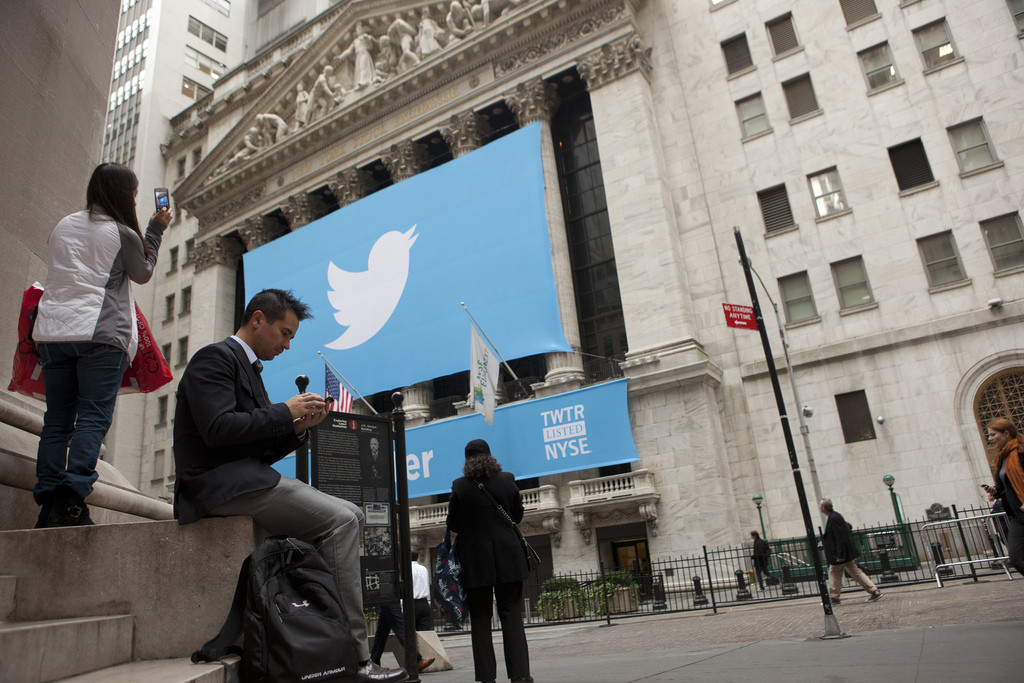 Twitter lucha por permanecer en la escena