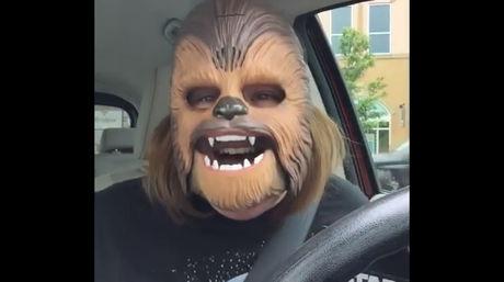 Chewbacca vuelve viral video de fan de Star Wars