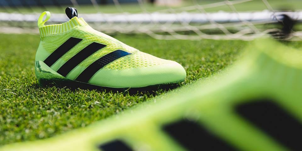 Adidas lanza nuevas botas