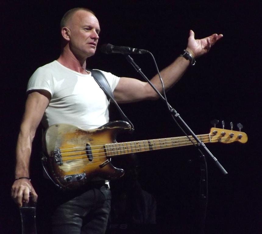 Sting se reinventa con un álbum de rock