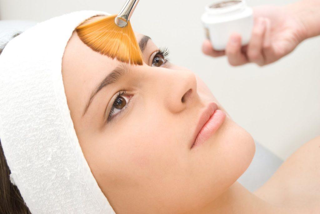 ¿Cómo tratar la hiperpigmentación y el melasma?