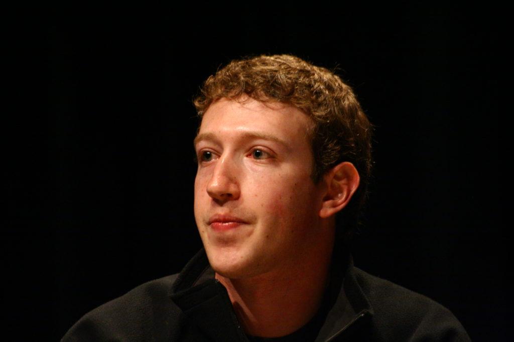 Zuckerberg afirmó que en Facebook se ha publicado contenido engañoso