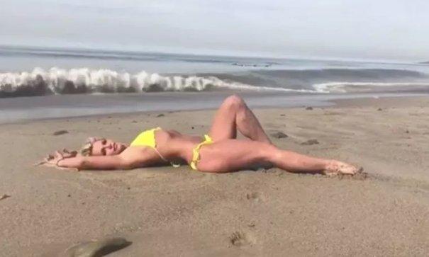 Britney viraliza video por esta razón